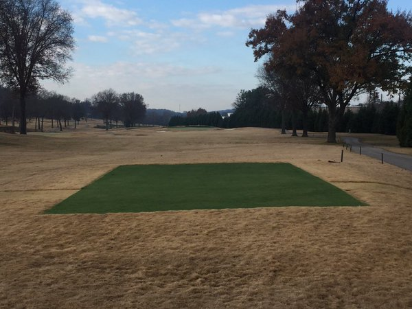Before and after pics: Endurant turf colorant continues to be a favorite for golf courses